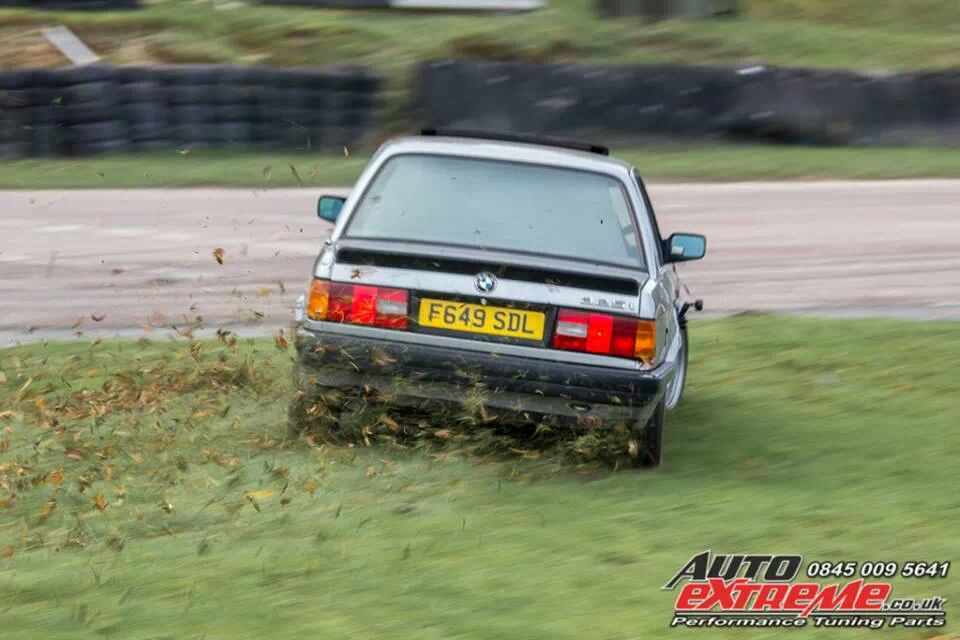 E30 at Lydden Hill